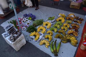 FRUITS SUNDAY MARKET
